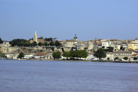 Bourg (view from the water)